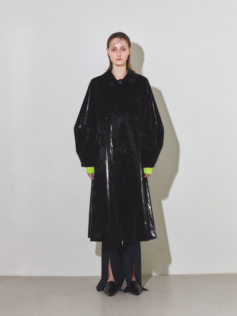 Balloon Trench Coat (Faux Patent Leather)