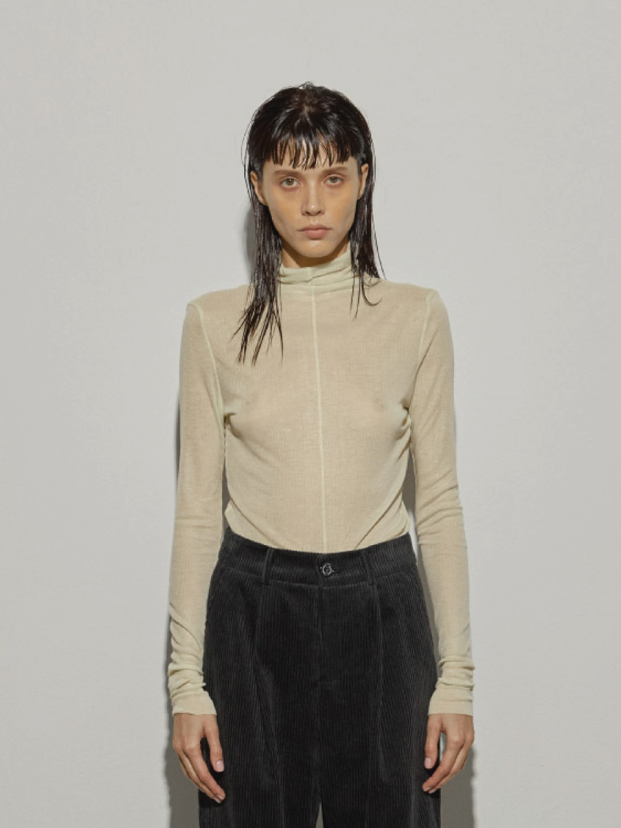 Rough Cuts turtle Neck (Lemon)
